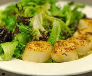 Our broiled wild, dry scallops are second to none. Check out our menu or make them at home!